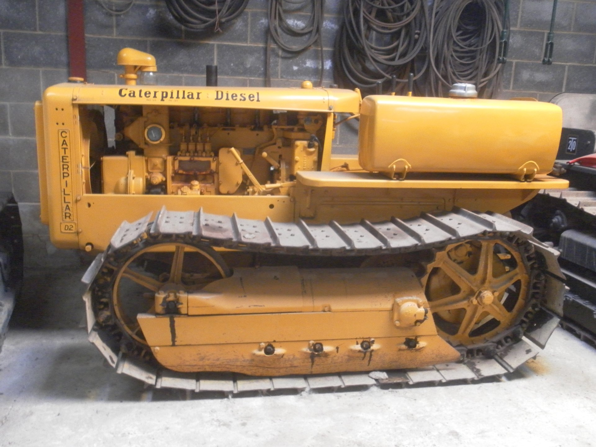 1940 Caterpillar D2 5J Series