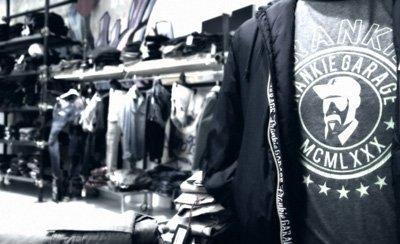 Abbigliamento giovani al negozio Effetto a Firenze