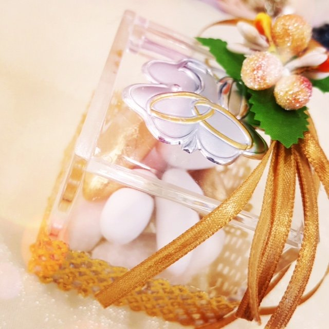 confetti confezione regalo