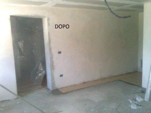 interno di un appartamento con muri imbiancati e ristrutturati