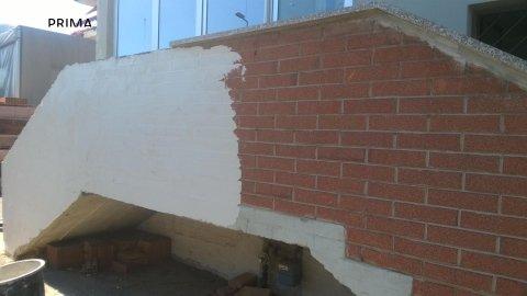 muro in allestimento