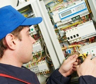cabina elettrica, quadri elettrici, elettricisti