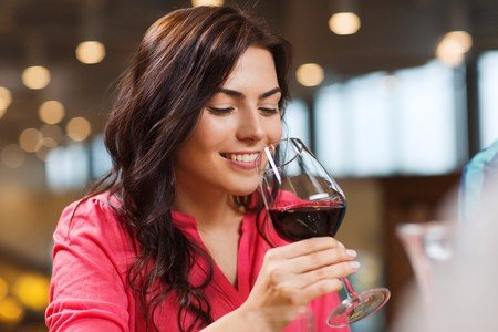 red wine, oral health, health benefits of red wine