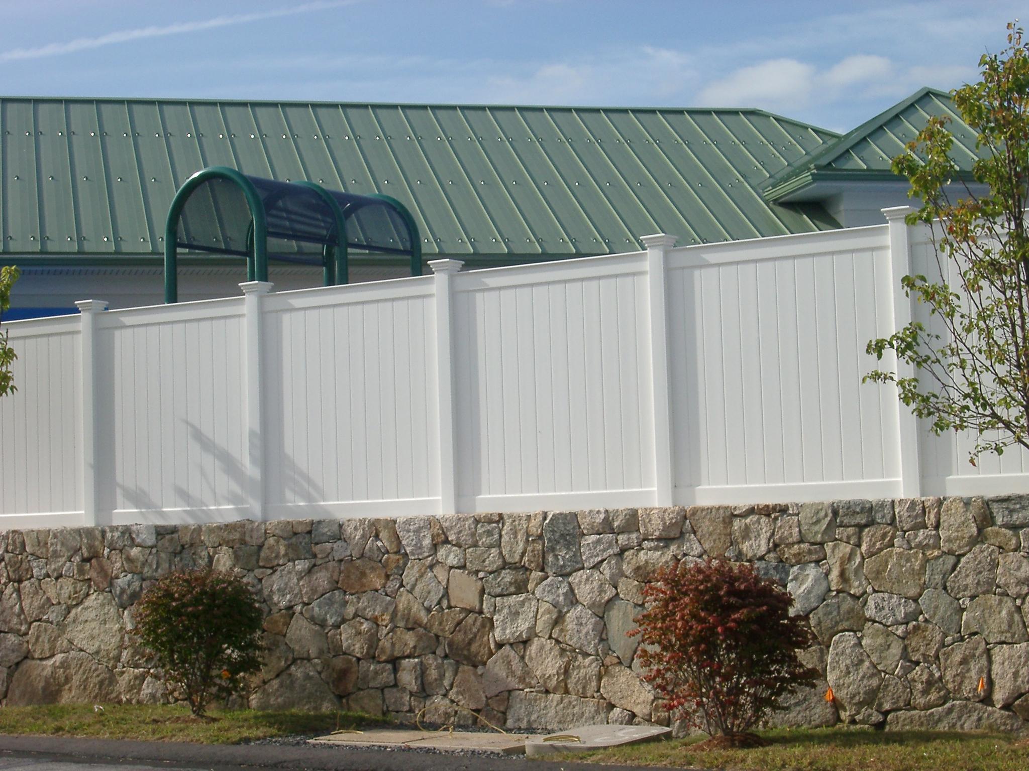 Mr fence vinyl aluminum wood chain link arbors and deck vinyl fences baanklon Choice Image