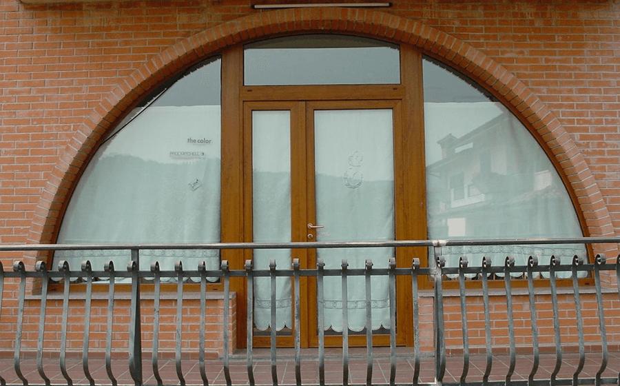 Porte e serramenti su misura