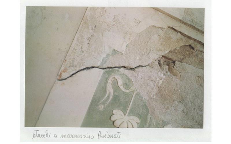 Stucchi a marmorino lesionati