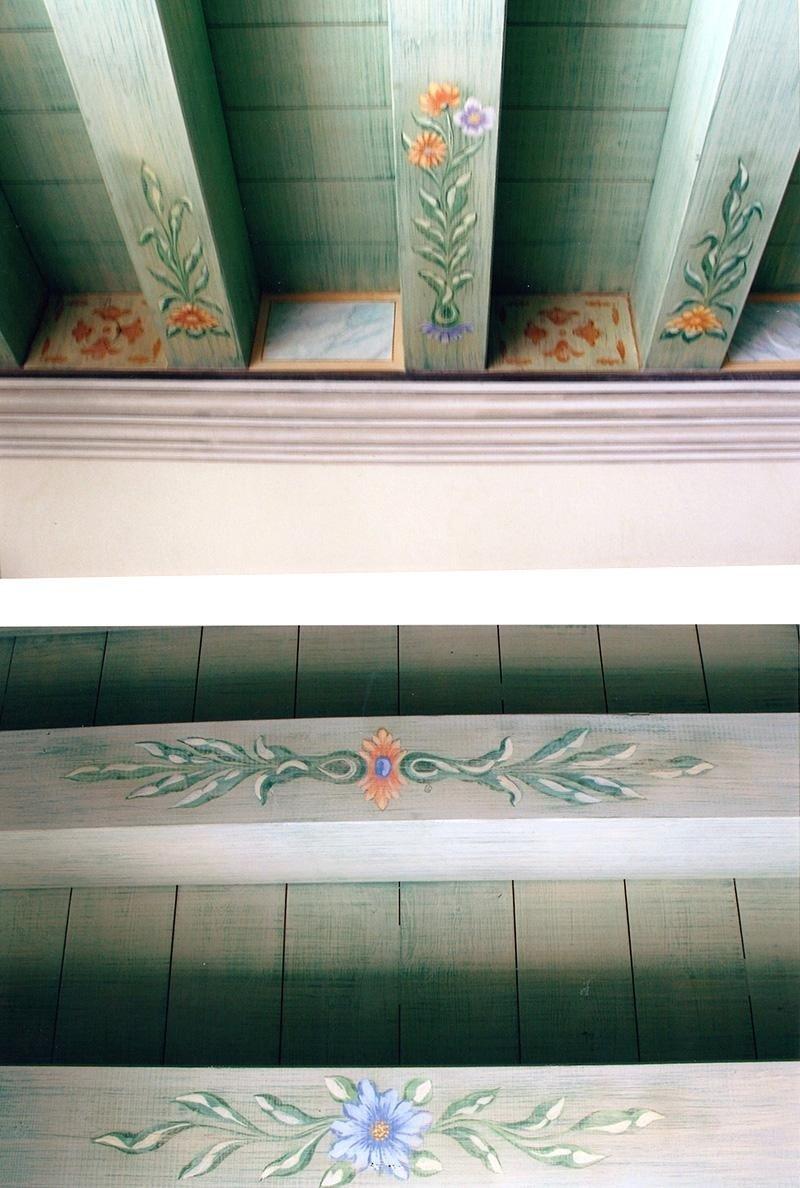 decorazione legno e finte cornici