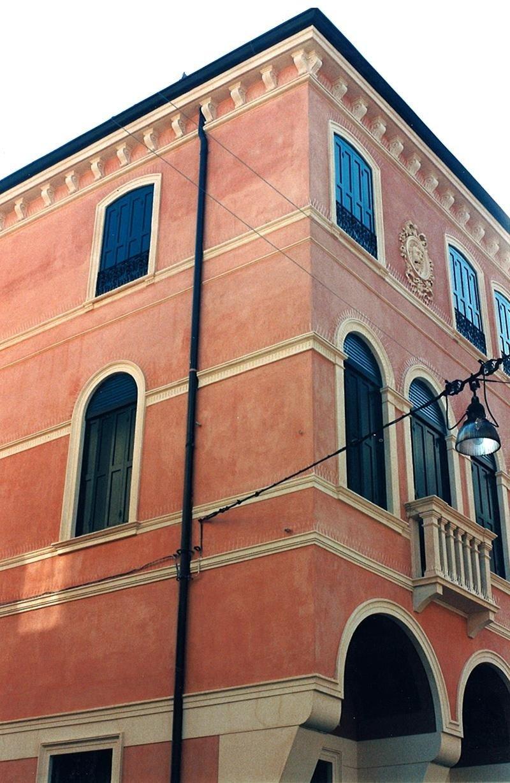 restauro pittorico esterno Via Manin Treviso
