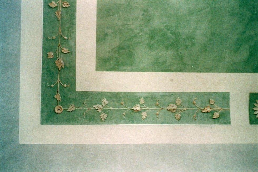 restauro e ricostruzione stucchi a marmorino