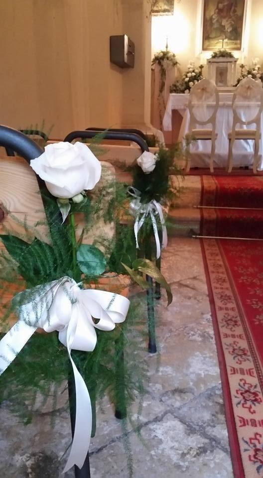 Allestimento fiori chiesa matrimonio