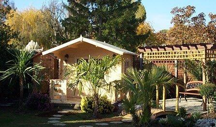 contemporary garden design build