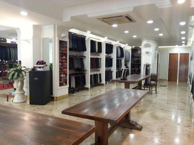 negozio di abbigliamento uomo
