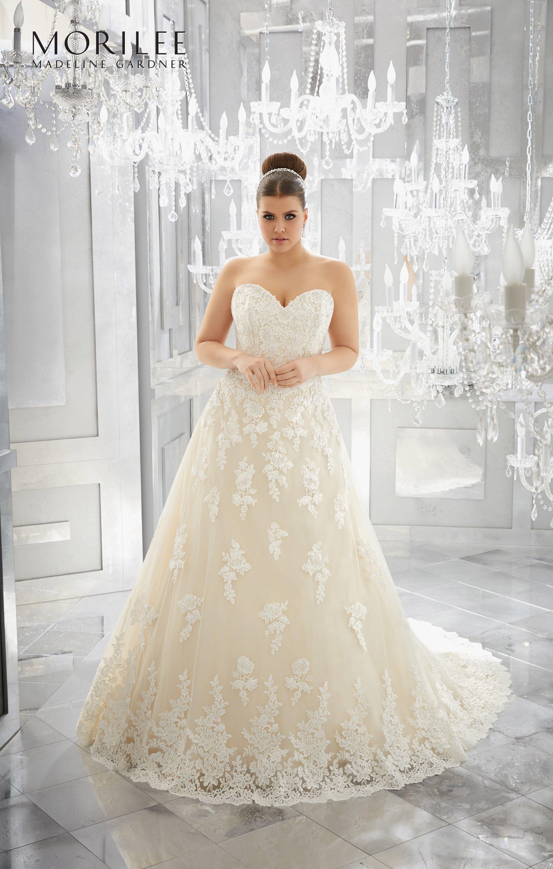 collezione abito da sposa a marchio MORILEE