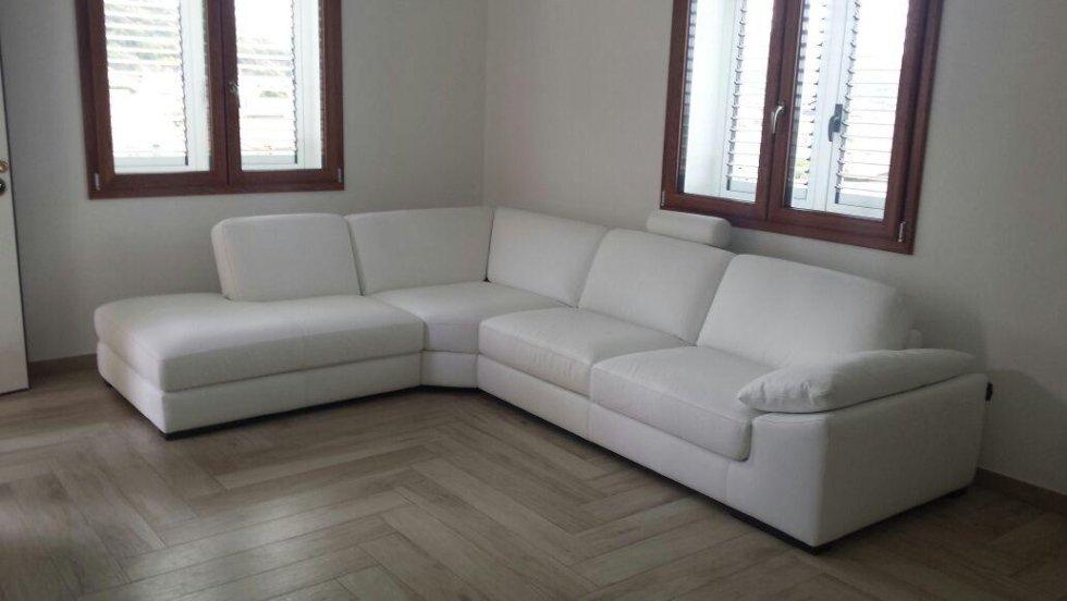 consegna divani