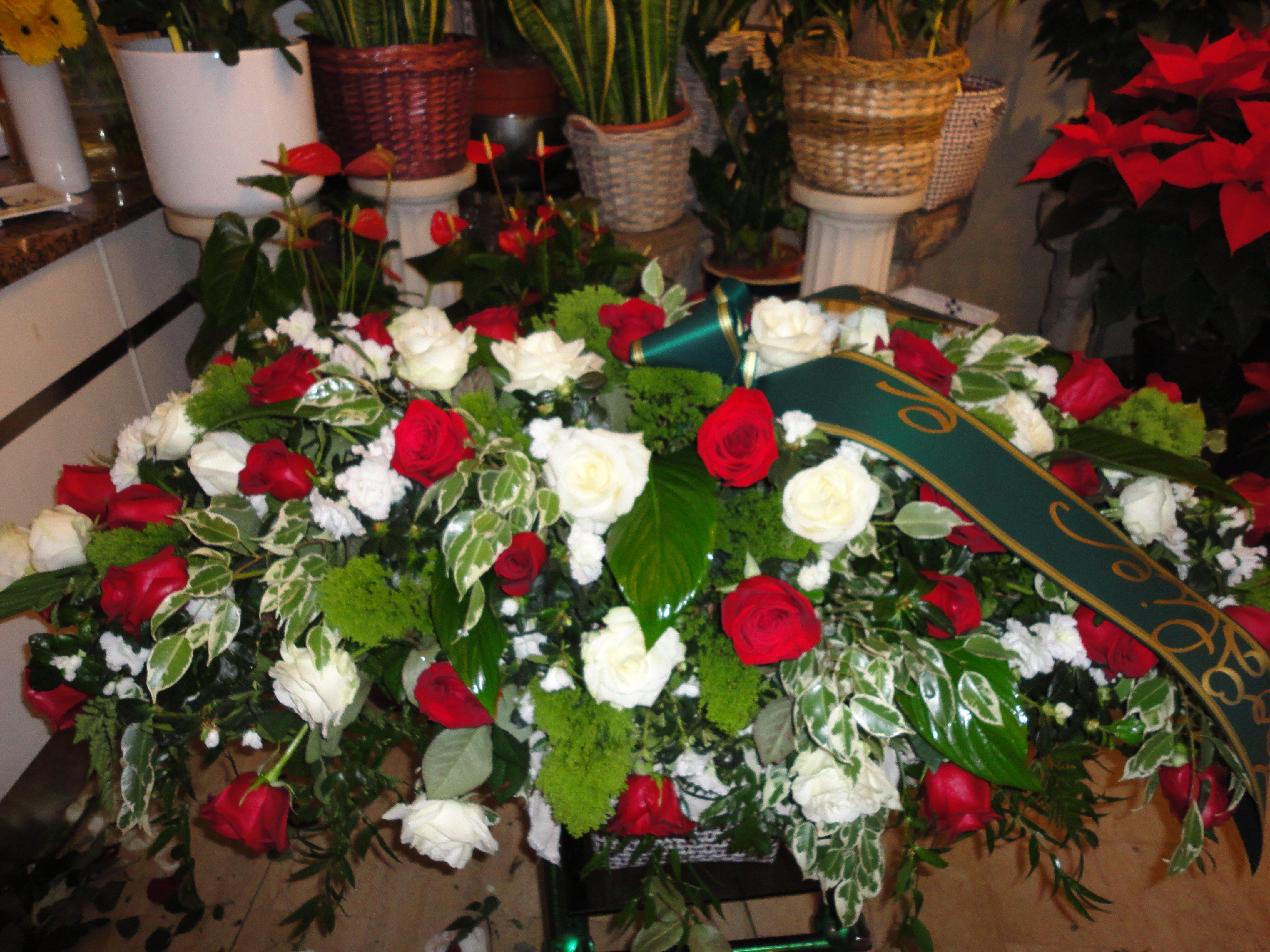 margherite rosa per rito funebre