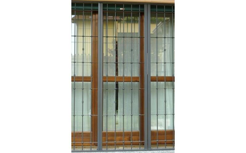 grata inox per porta finestra