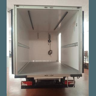 Furgone isotermico o cella frigorifera