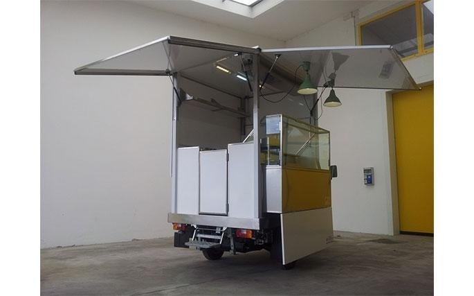 Allestimento furgoni per uso negozio