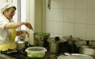 Preparazione pasti per anziani