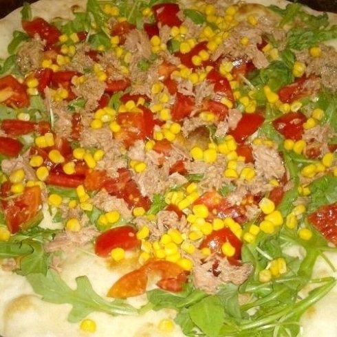 Pizza tonno e mais