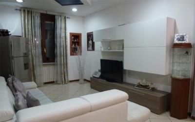 ampio appartamento ristrutturato Torino quattro locali