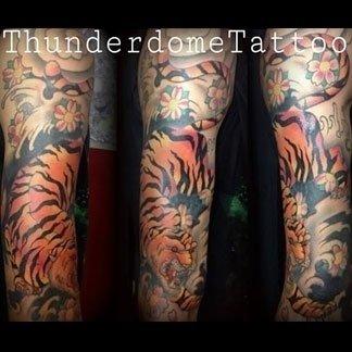 Tatuaggio di tigre su braccio