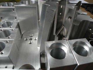 tornitura alluminio
