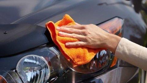 prodotti per la cura dell'auto