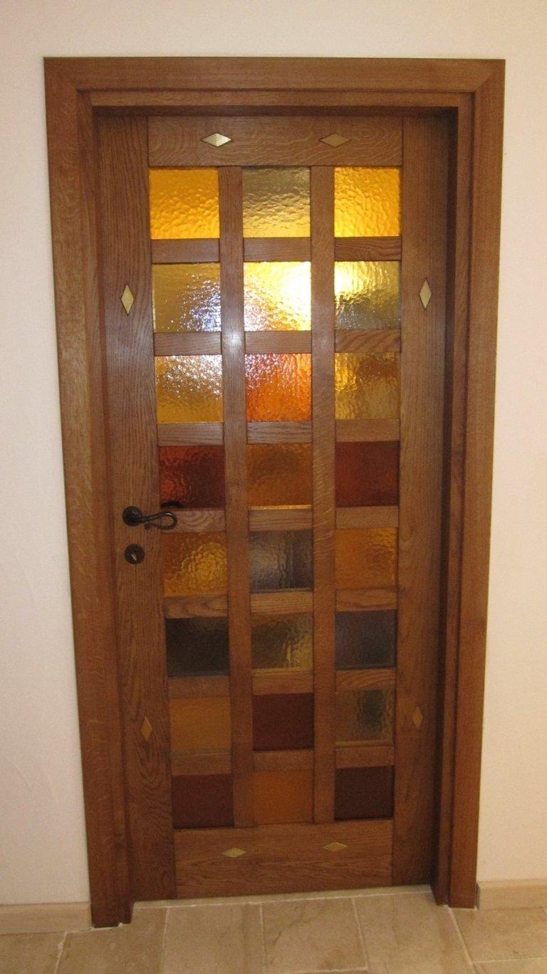 Porta interna in legno con vetro colorato
