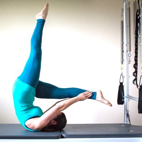 AmandaPilates Private Pilates sessions - Control and Balance