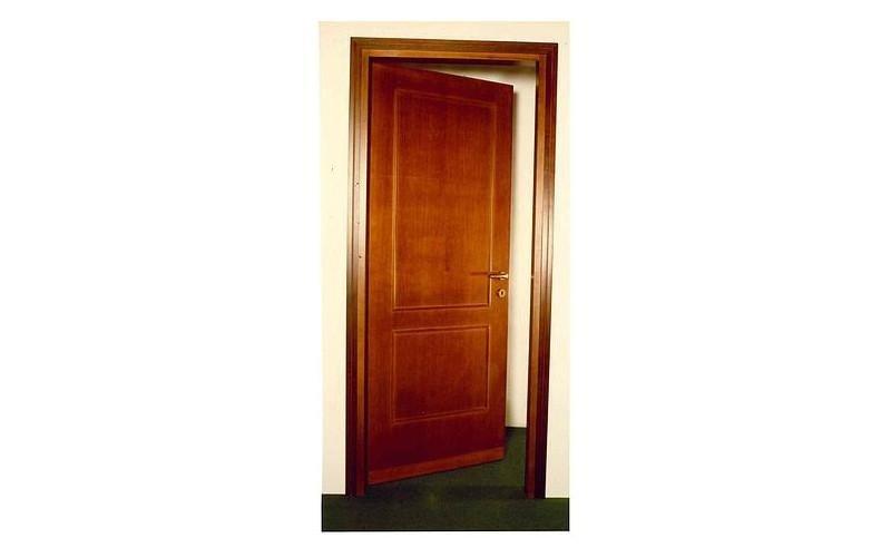 porta e infissi in legno