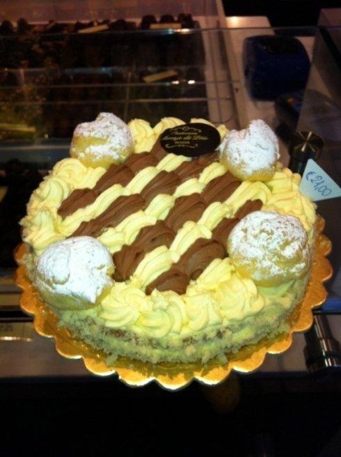 Torta con crema Pasticceria Genova
