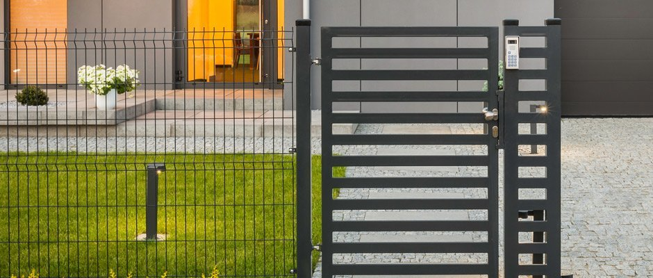 kelmac-fencing-and-gates-metal-gate-of-a-house-with-electronic-lock