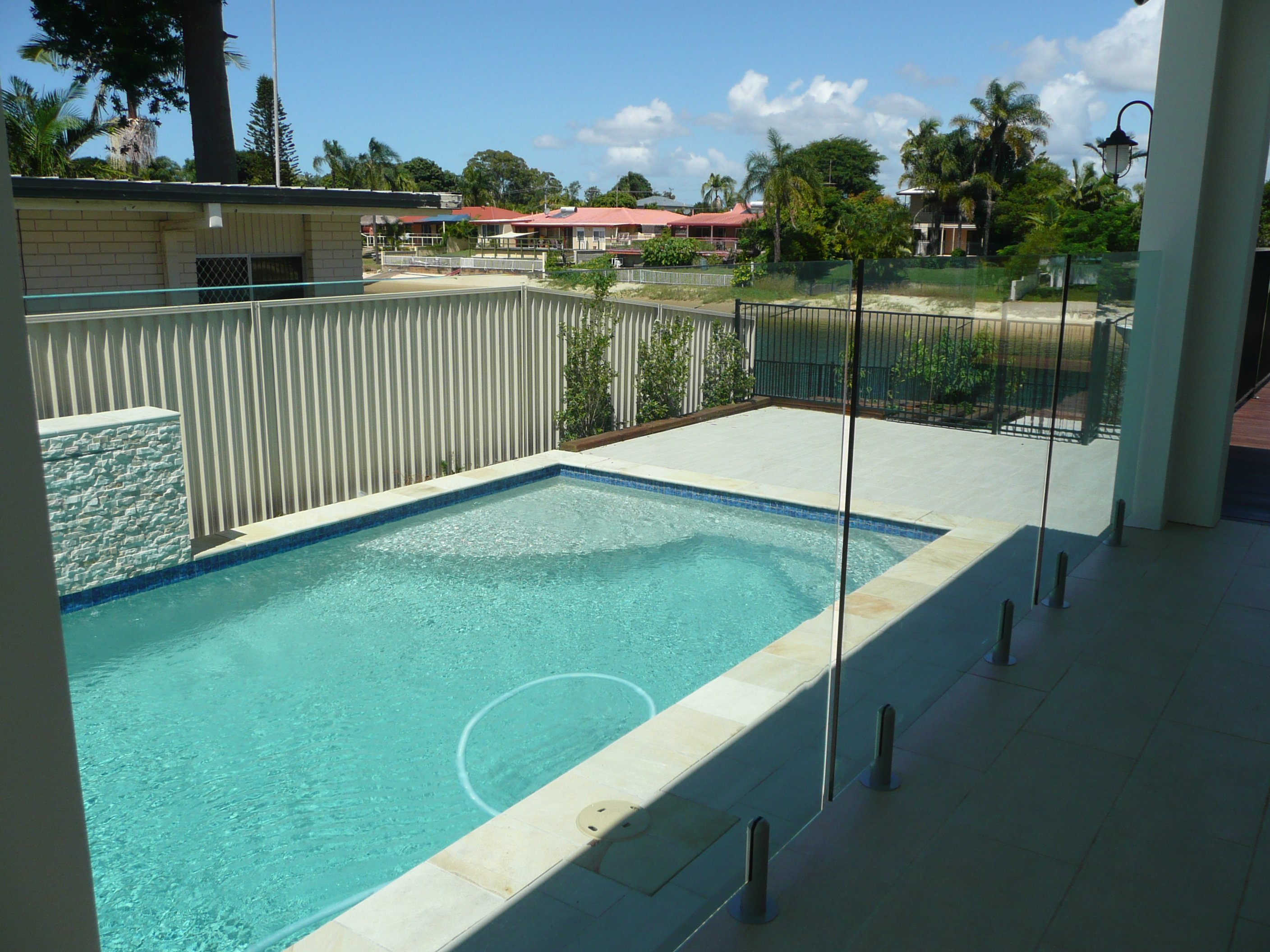 kelmac fencing and gates stylish glass fencing aroung a pool