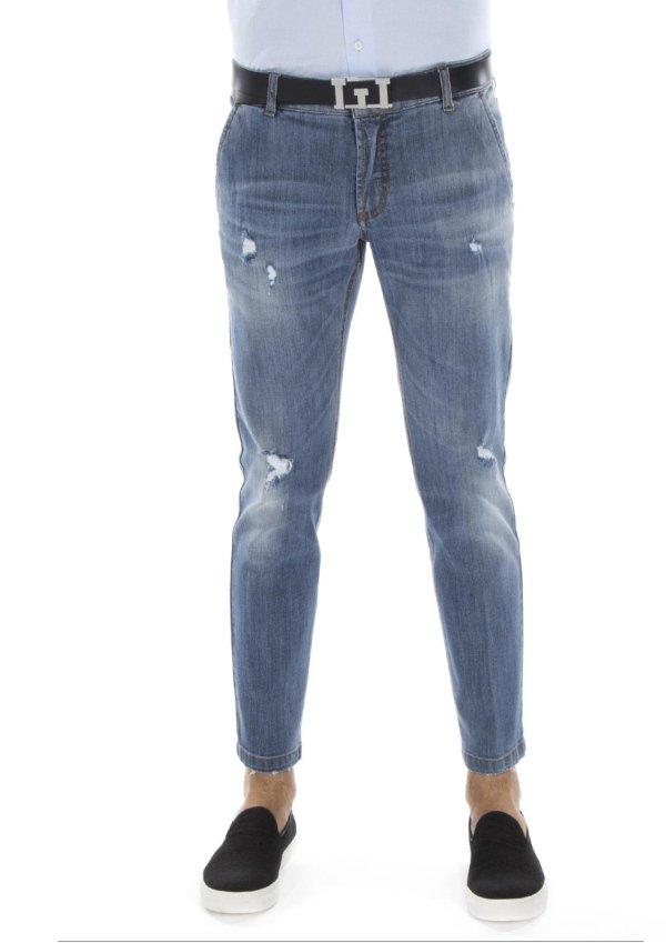Jeans con effetto invecchiato