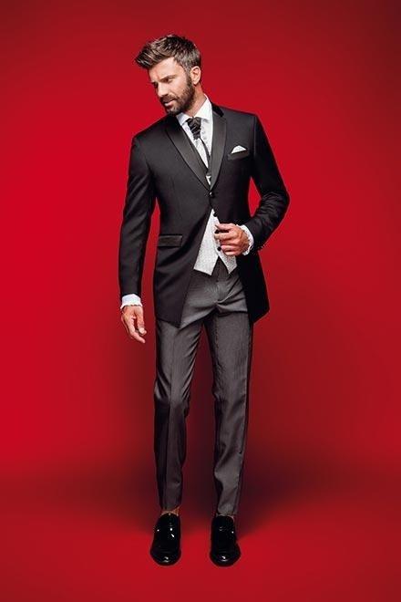 Vestito sposo Petrelli