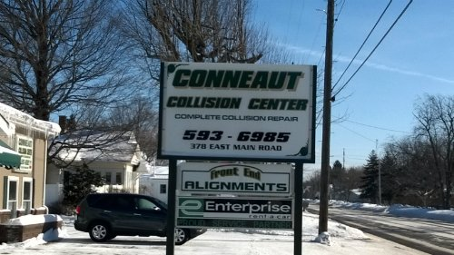 Conneaut Collision Center signboard in Conneaut, OH