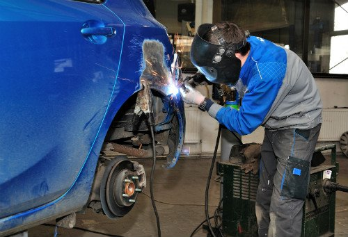 Collision repairs being done by professional in Conneaut, OH