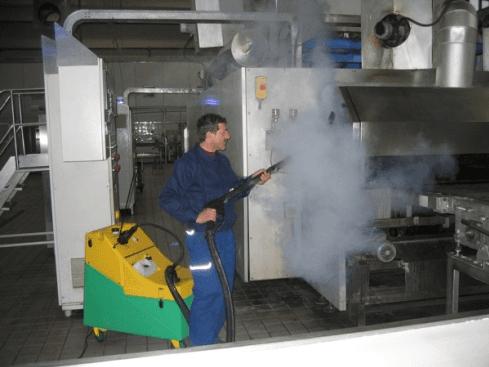 Apparecchiature per pulizie industriali
