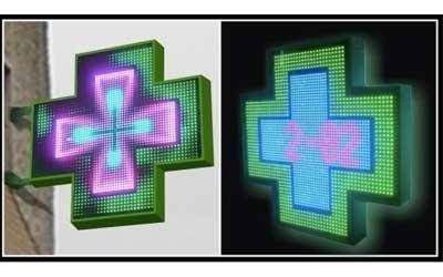 Croci Farmacia: 3D RGB con contorno luminoso