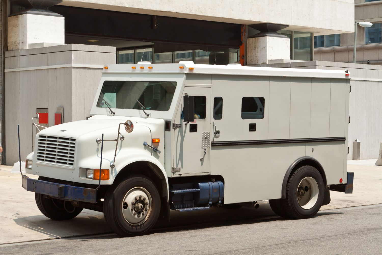 Armored delivery service in Honolulu, HI