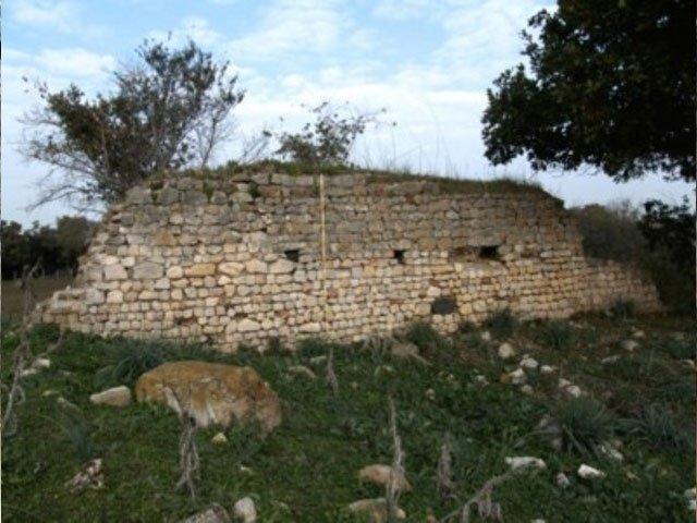 castel campanile muro
