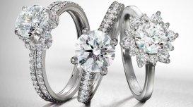 anello in oro bianco con brillanti