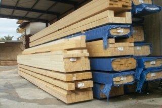 travi legno chiaro