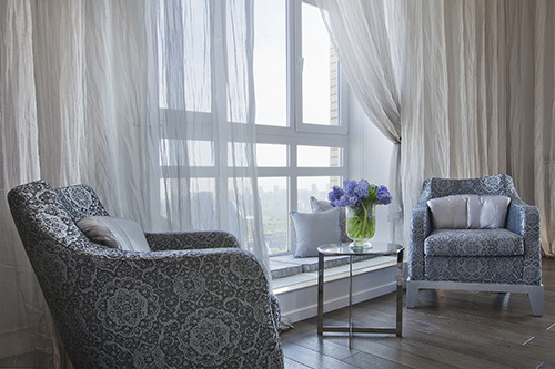 Beautiful window treatments in a modern living room