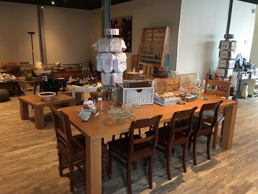 Kringloopwinkel voor tweedehands merkkleding for 2e hands meubels