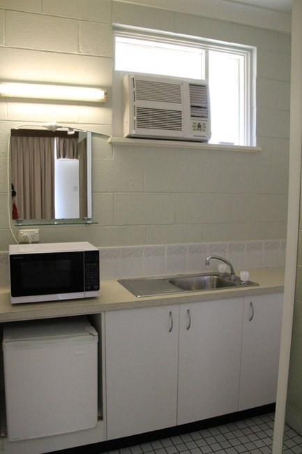 kitchenette in motel room