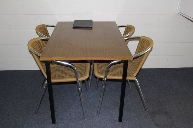 motel room table and chairs