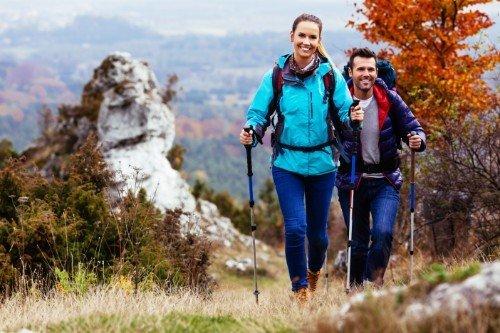 Coppia pratica Nord Walking in altura