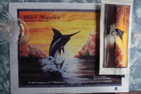dipinto con scritto Blue Marlin e l'immagine di un Marlin